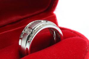 Valentines Jewelry Diamond Ring Supplier